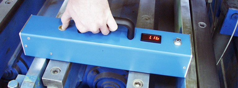 Bild Klopfleisten-Abstandsmessgerät