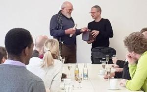 Bild Dietmar Wesser mit René Tartarin am IAB Weimar